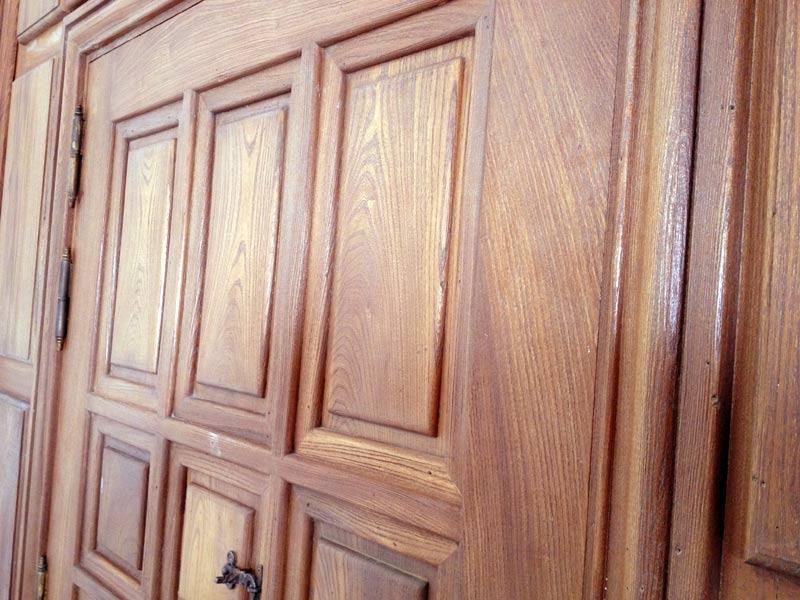 Puerta madera maciza muebles arribas for Puertas madera maciza