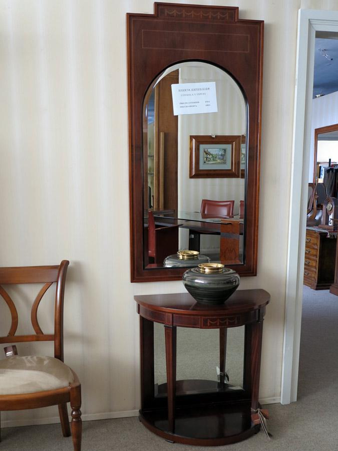 Consola y espejo muebles arribas for Muebles valenti catalogo