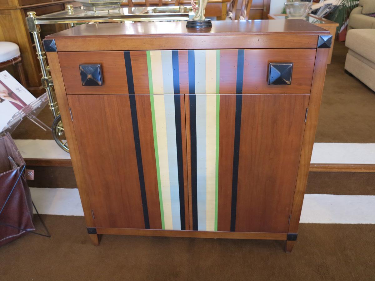 C moda en madera de cerezo muebles arribas for Muebles valenti catalogo