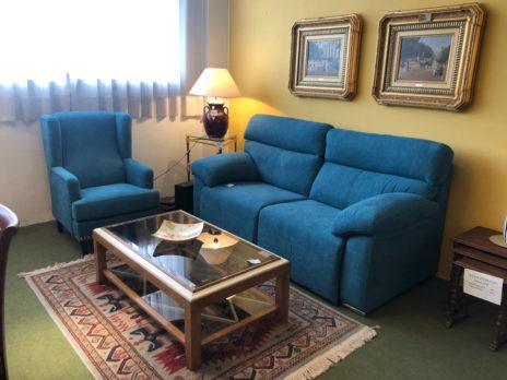 Muebles Arribas Segovia · Sofá y mesa