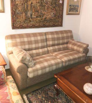 Muebles Arribas Segovia · Sofá chenilla