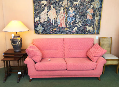 Muebles Arribas Segovia · Sillón tapizado